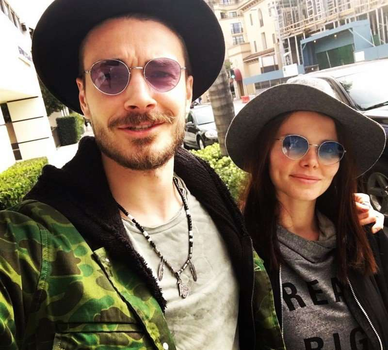 «Выглядят счастливыми»: Елизавета Боярская показала селфи с мужем
