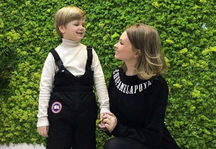 «А не поздновато?»: Евгения Феофилактова решила отдать пятилетнего сына в детский сад