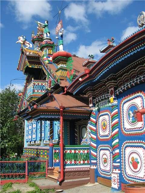 Удивительное рядом - пряничный домик в Кунаре.