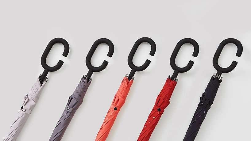 Зонт для любителей смартфонов